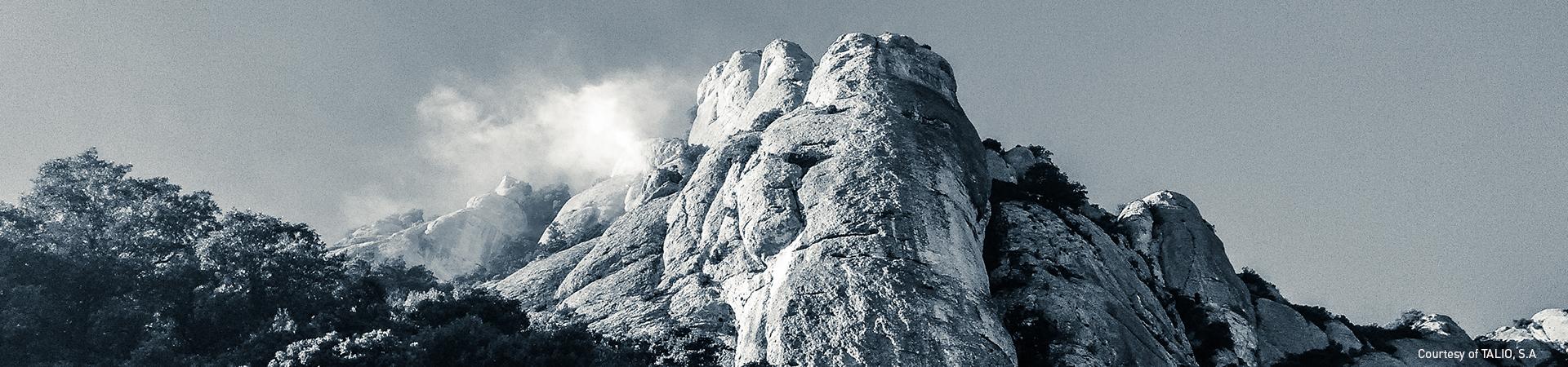 Head Montserrat
