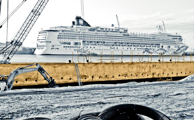 Mt Marine Ties Sas670 75 Bauer Nl Eemshaven 11 2006 Sz 013